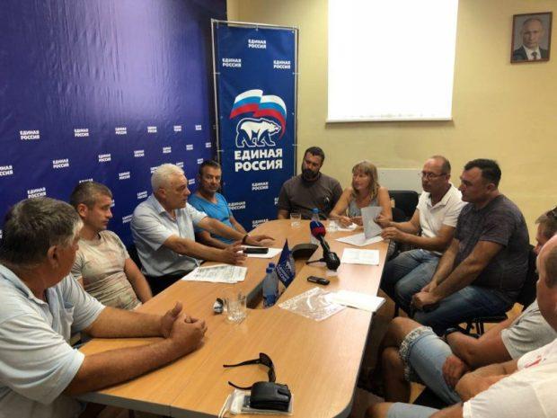 Севастопольский «Доброволец» и Общественная палата решают проблемы морских перевозок в Балаклаве