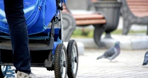 В Севастополе телефоны крадут и из детских колясок