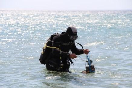 Крымские спасатели успешно ликвидировали авиационную донную мину в Сакском районе