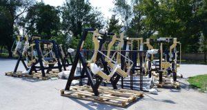 В парке им. Ю. Гагарина в Симферополе устанавливают тренажёры