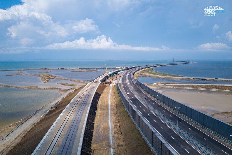 После запуска железнодорожной части Крымского моста на полуостров пойдут поезда из 11 городов России