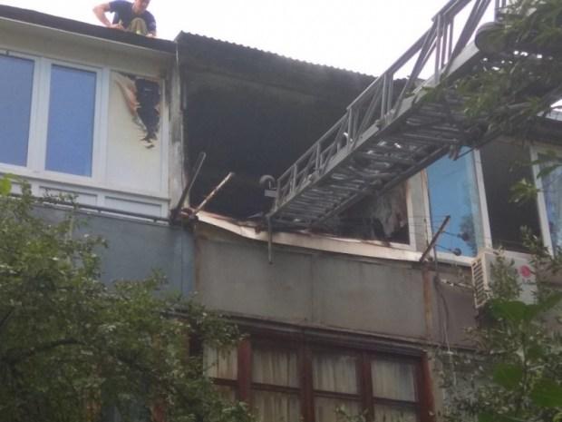 На пожаре в Ялте спасали детей. Эвакуированы 8 человек, обошлось