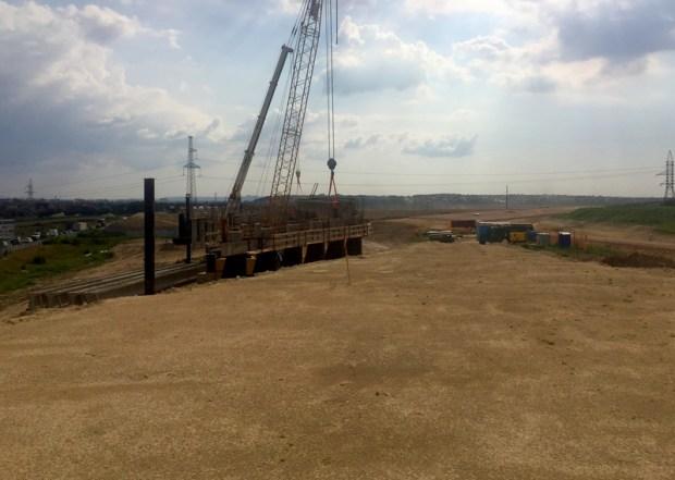 Строители установили первые пролётные балки на развязке трассы «Таврида» близ Симферополя
