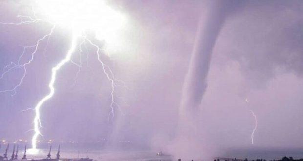 Смерчи над Феодосией. Какой сюрприз преподнесет крымская погода сегодня