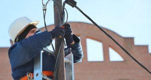В четверг в Симферополе внеплановые работы на электросетях. Какие улицы останутся без света