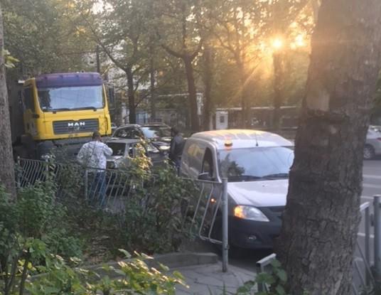 Еще два ДТП с грузовиками в Крыму. Будь осторожен, следи за собой