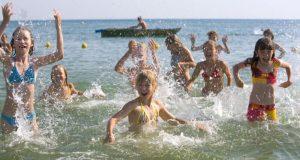 Власти Севастополя уверяют: дети города летом отдохнули хорошо