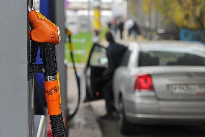 Бензин на крымских заправках опять дорожает