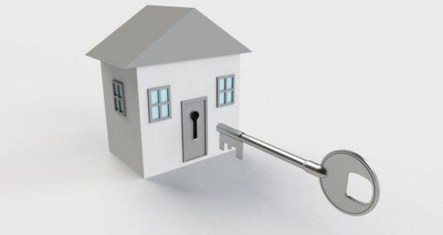 Покупка и продажа недвижимости - с помощью риэлтора или самостоятельно?