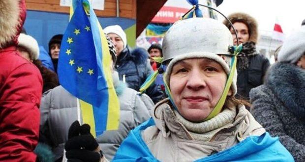 А не забыть ли Порошенко о Крыме? И по конституции, и «по жизни»