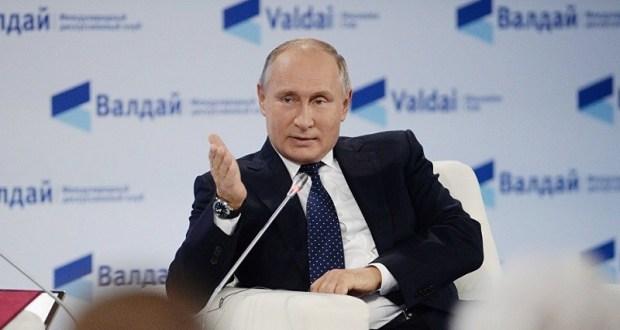 """Президент России: трагедия в Керчи – """"результат глобализации через соцсети, Интернет"""""""