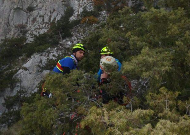 За прошедшие сутки «КРЫМ-СПАС» провел две сложные поисково-спасательные операции