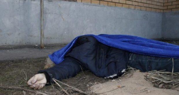 В Феодосии на улице обнаружили труп мужчины. Оказалось - убийство
