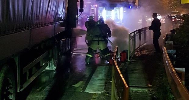 На трассе «Симферополь – Ялта» загорелась груженая фура