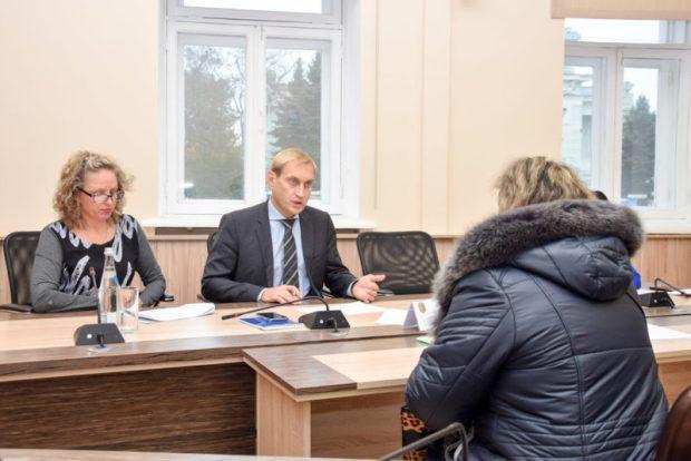 Глава администрации Евпатории Андрей Филонов провел прием граждан. Что волнует горожан