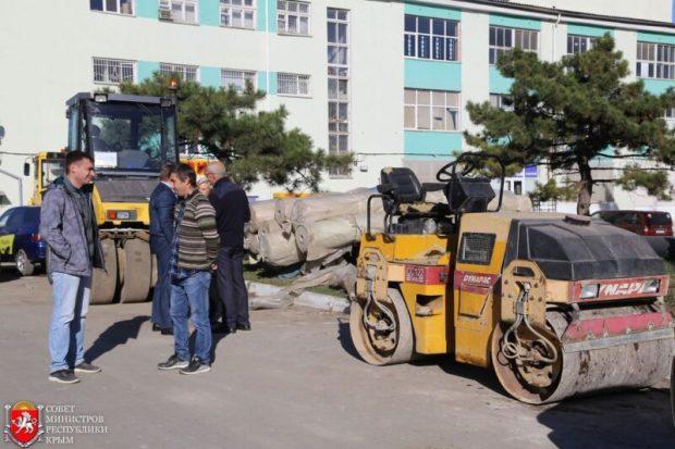 Ремонт дорог в Симферополе: отставания от графика больше нет