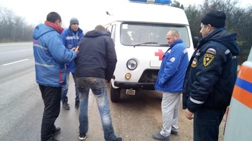 В Крыму с уступа в 4 метра сорвался мужчина