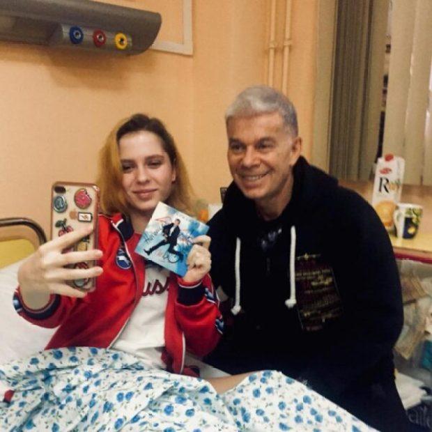 В Москве «звезды» и детский омбудсмен поздравили пострадавших в керченской трагедии детей