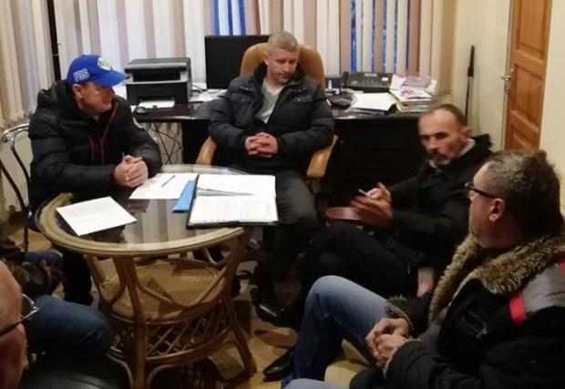 """Балаклавские рыбаки и депутаты """"Добровольца"""": вместе – мы сила"""