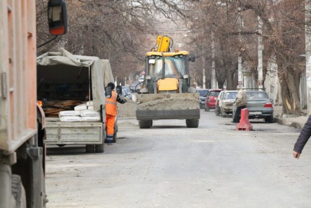 Как продвигается ремонт дорог в Симферополе