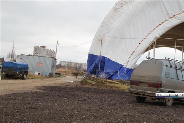 В Крыму устраняют последствия непогоды. Без электричества – десятки тысяч людей