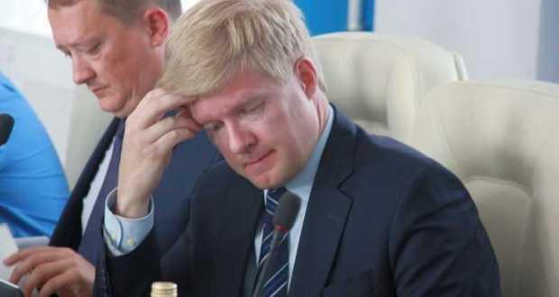 Заксобрание Севастополя грозит отставкой вице-губернатору Пономареву