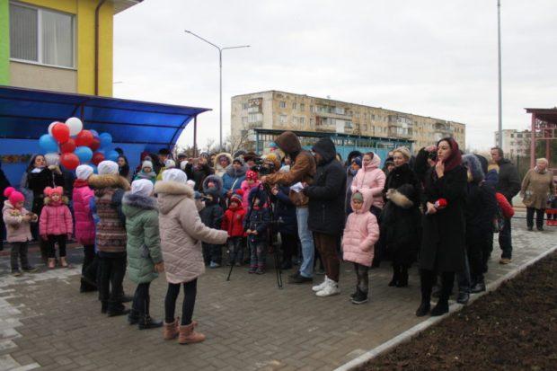 В евпаторийском Новоозерном после реконструкции открылся детский сад на 270 мест