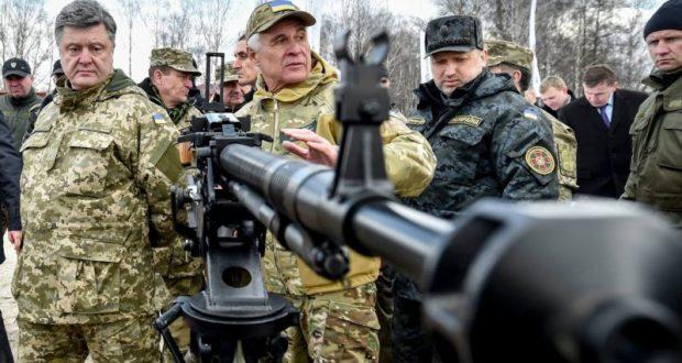 Порошенко истерит и нагнетает. Провокация в Керченском проливе вышла «так себе», надо усилить