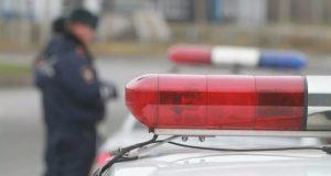 Полиция устанавливает свидетелей необычного ДТП: пассажир грузовика вышел на ходу