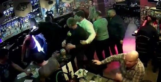 Патруль Росгвардии остановил поножовщину в одном из баров в центре Севастополя