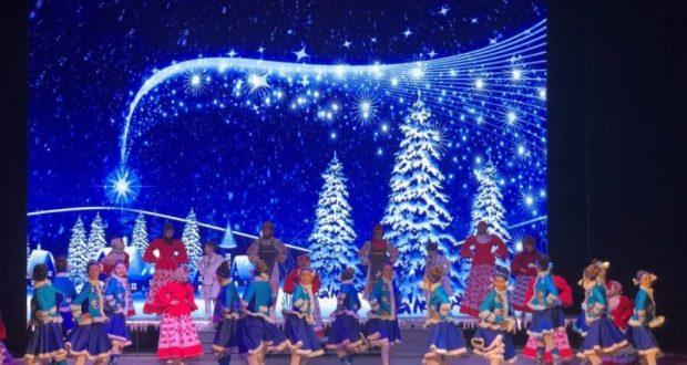 В Симферополе для детей на Рождество устроили Архиерейскую ёлку