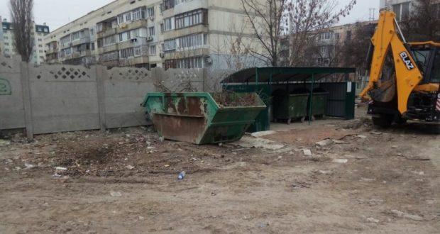 В Симферополе коммунальщики работают без выходных