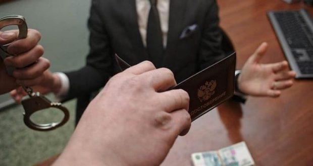 С 2014 года в Крыму за коррупцию уволены 69 должностных лиц