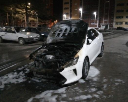 Ночной поджог автомобилей в Севастополе