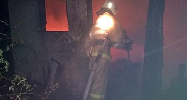 Ночной пожар в поселке Орджоникидзе, под Феодосией