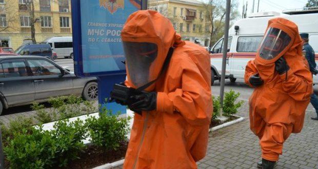 В Севастополе сотрудники МЧС отработали вводную по разливу ртути