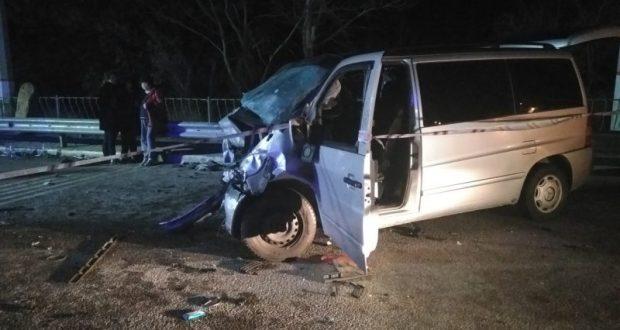 Ночной кошмар на трассе Симферополь-Алушта. В ДТП погибли шесть человек
