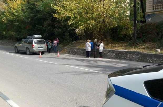 В Балаклаве обустраивают новый пешеходный переход – важная победа севастопольского «Добровольца»