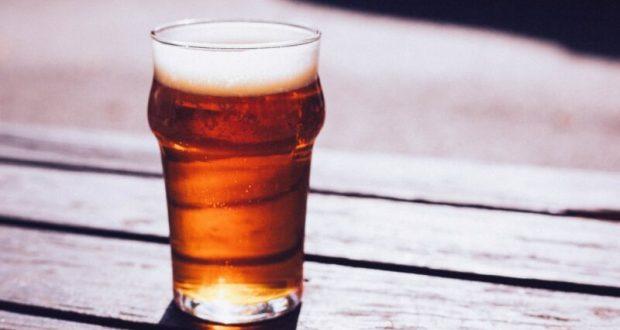 """В Симферополе любители пива """"недокупили"""" 85 литров напитка. Полиция вмешалась"""