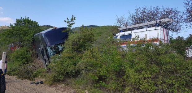 ДТП под Судаком: автобус с 37 пассажирам едва не «лег на бок»
