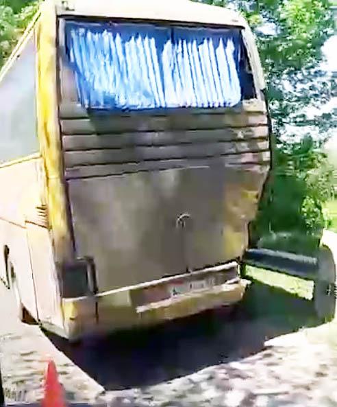 ДТП на трассе «Симферополь – Бахчисарай» с автобусом и грузовиком стало причиной длительного затора
