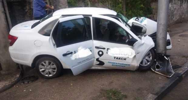 Смертельное ДТП в Севастополе: погиб пассажир такси