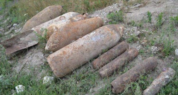 В Севастополе одновременно уничтожили одиннадцать авиабомб времён ВОВ