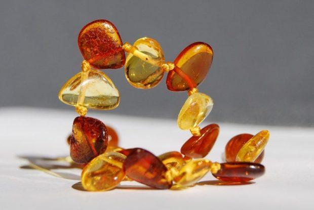 Украшение из натуральных камней - не только красиво. Хотите волшебства?