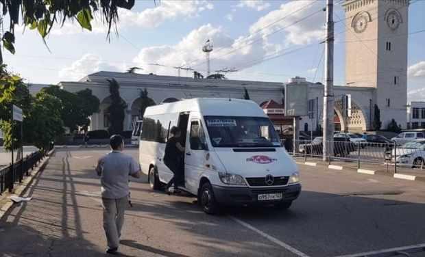 «Крымавтотранс» объявил «охоту на зайцев» и «хитрых Мазаев» - водителей автобусов