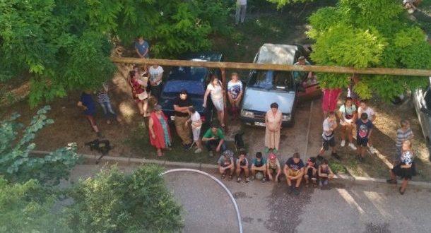 Пожар в Керчи: эвакуированы 27 человек