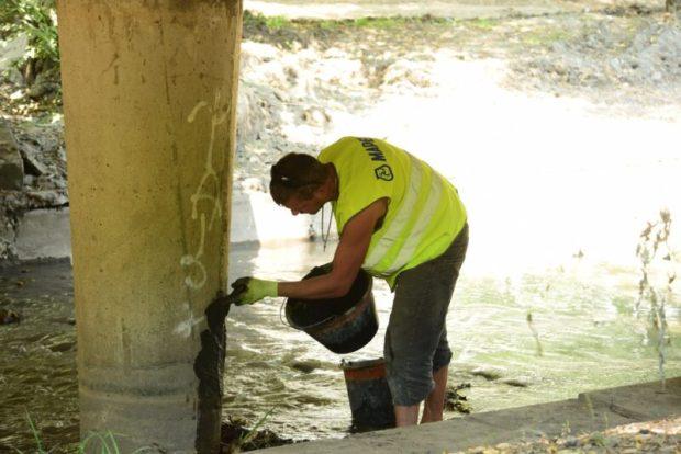 Русло реки Малый Салгир в Симферополе очистили на треть