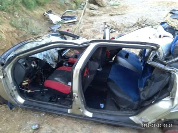 ЧП в курортной Николаевке – рано утром с обрыва рухнул ВАЗ. Водитель чудом выжил