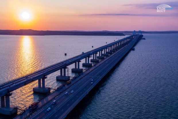 Миллион с лишним автомобилей проехали по Крымскому мосту с начала лета