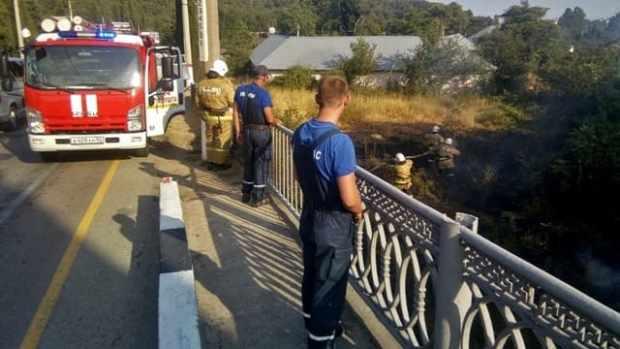 Благодаря оперативным действиям сотрудников «КРЫМ-СПАС» удалось избежать крупного пожара